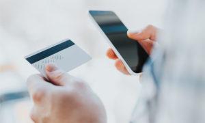 Воспользуйтесь пошаговой инструкцией через голосовое меню информационного центра Сбербанка, чтобы самостоятельно подключить услугу Мобильный банк через телефон Билайн
