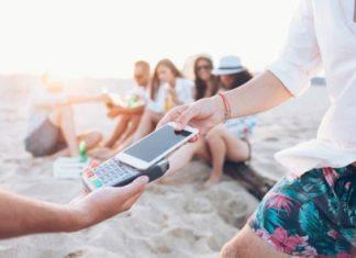 Какие возможности дает своему владельцу карта с бесконтактной оплатой