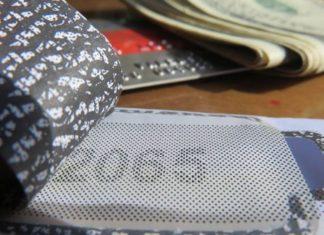 Почему нельзя изменить ПИН-код без помощи банка