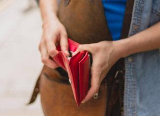 Снять наличные с карты Тинькофф в банкомате